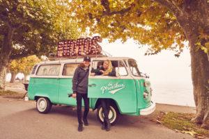 Das Photobus Team bestehend aus Bjørn und Debby in Konstanz am Bodensee