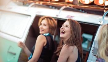 Der Photobus auf dem GuteZeit Festival in Konstanz im Bodensee Stadion